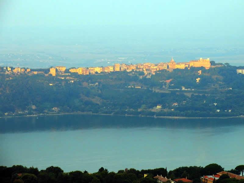 Castel Gandolfo: Roma Guide