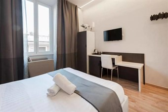 rooms in rome italy: Zhihua Guest House